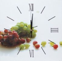 Grapes Decorative Wall Clock